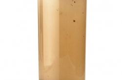 Zakalená voda ve sklenici